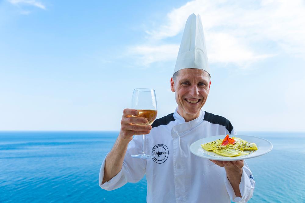 crystal-sea-hotel-marina-agro-taormina-Holiday-Sicily-restaurant-italian-food